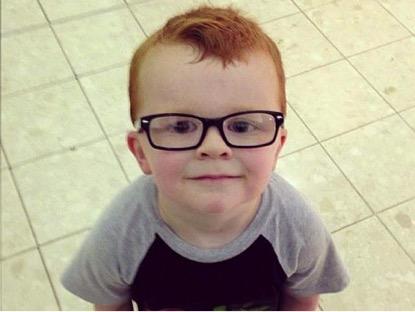 como_convencer_seu_filho_usar_óculos